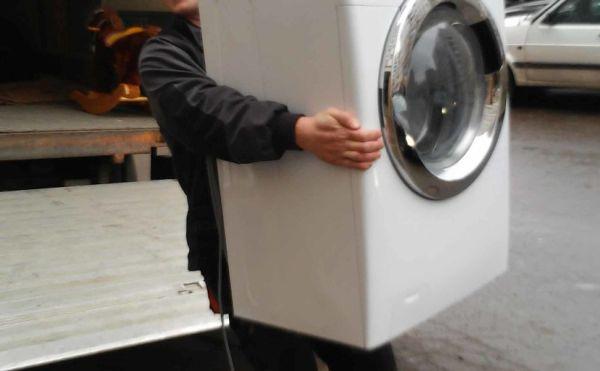 В каком положении лучше перевозить стиральную машину?