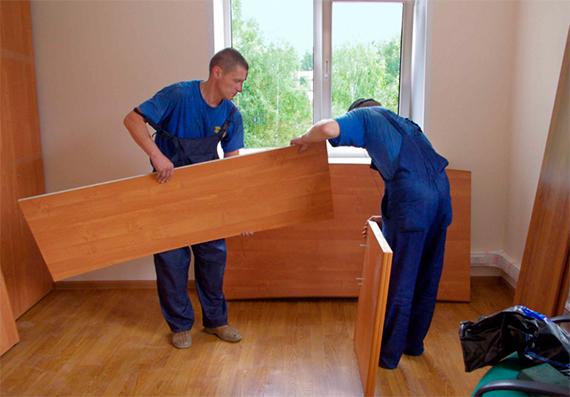 Разборка и упаковка офисной мебели – на что обратить внимание заказчику?