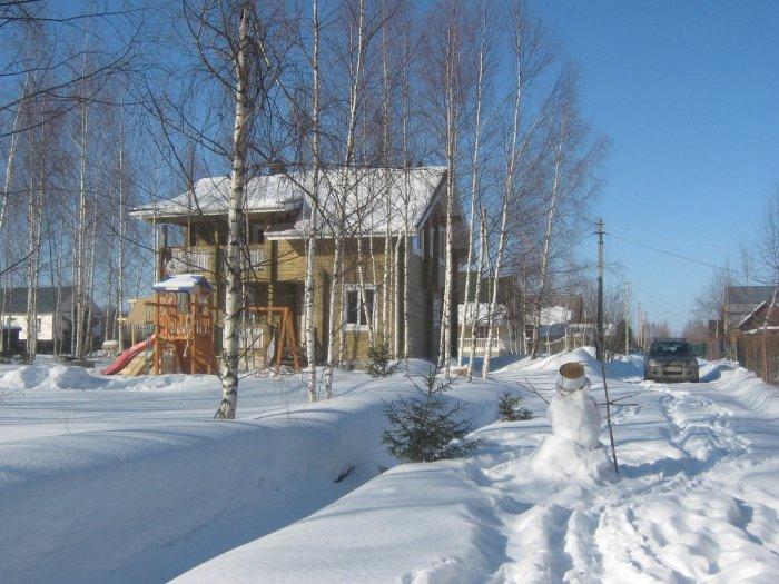 Дачный переезд зимой